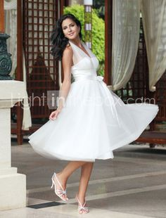 Empire Halter Knee-length Tulle Wedding Dress - $99.99