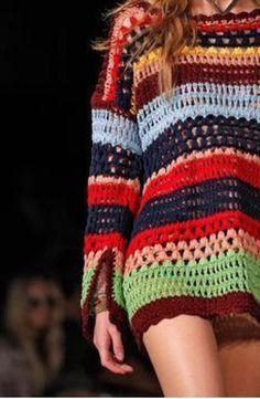 Details // Tommy Hilfiger, New York, Sommer 2016 RTW // Foto 23 // Paraden // . Crochet Coat, Crochet Jacket, Crochet Cardigan, Crochet Clothes, Crochet Designs, Crochet Patterns, Hippie Crochet, Knit Baby Dress, Mode Crochet