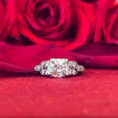 Radiant 1.39ct diamond & platinum ring, circa 1920.