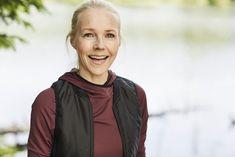"""Lege og kostholdsekspert svarer på ofte stilte spørsmål rundt hennes metode """"12 uker til et sunnere liv"""" Henna, Om, Fashion, Moda, Fashion Styles, Hennas, Fashion Illustrations"""
