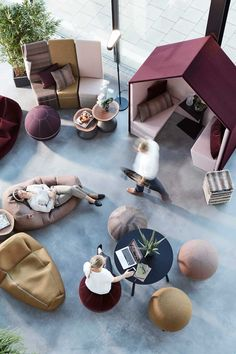 Scandinavian Spaces Reimagines the Workplace with The Hut Lounge – Design Milk – Office lounge Lounge Design, Lounge Decor, Lounge Chair, Student Lounge, Office Lounge, Open Office, Modern Office Design, Office Interior Design, Office Interiors