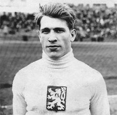 František Plánička (1904) - football goalkeeper and one of the most honoured players in the history of Czech football, considered the best continental goalkeeper in the first half of 20th century. #Czechia #Czechoslovakia