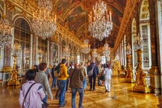 Hall of Mirrors, Palace of Versailles http://www.theroamingboomers.com/travel-photo-hall-of-mirrors-palace-of-versailles/