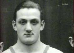 Lino Ventura lutteur