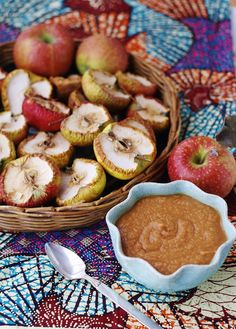 Absolutely Awesome Applesauce An Easy Raw Food Recipe The Raw Food Beginner Chef