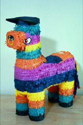 El Toro (The Bull) Pinata | Partyrama.co.uk