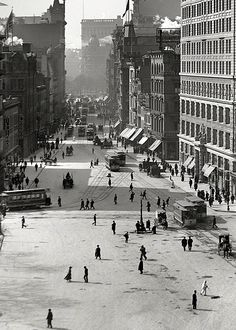 New York City circa 1903.
