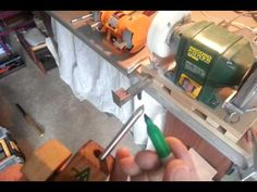 How to sharpen woodturning tools: Spindle/bowl gouges with a homemade jig - YouTube