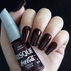 Melhores Combinações de esmaltes da internet, conheça todas1 Purple Acrylic Nails, Red Nails, Nail Decorations, Belleza Natural, Nail Arts, Manicure, Nails Inspiration, Makeup Art, Beauty Nails