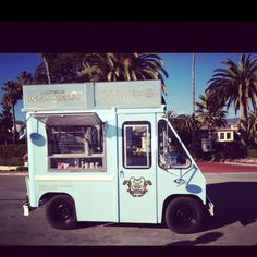 Ice cream truck! By the beach :))