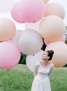 Ballons! Braut! Hochzeit!
