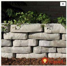 Do starého plechu naliali betónovú zmes, nechali zaschnúť a potom len postavili do záhrady: Tieto nápady sa oplatí vidieť!