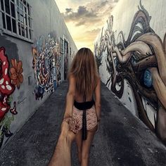 82. Follow me to... the street art of Miami.