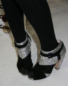 perfect Miu Miu Peep toe shoes