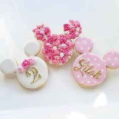 Minnie Mouse Cookies at Custom Cookies by Jill - Party Minnie Mouse Cookies, Minnie Mouse Theme, Minnie Mouse Cake, Mickey Cakes, Pink Minnie, Minnie Birthday, Birthday Parties, 2nd Birthday, Birthday Ideas