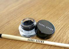 Solution for Dry Bobbi Brown Gel Eyeliner #Bobbibrown #Eyeliner #Geleyeliner #Dry #Fix #Solution #Review #Makeup #Beauty #BeautyBlogger