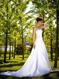 Strapless A-line / Princess Wedding Dress with Removable Shrug