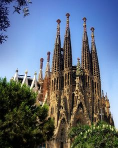 Barcelona...I wonder if they ever finished building this church...it was magnificent