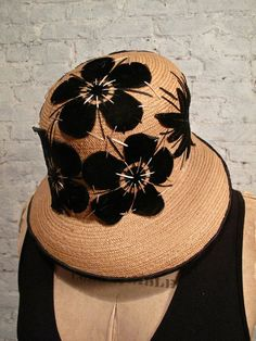 1920s Cloche Hat ~ Straw and Velvet