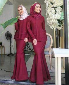 Ideas Style Hijab Casual Untuk Orang Gemuk For 2019 Batik Fashion, Abaya Fashion, Muslim Fashion, Modest Fashion, Kebaya Dress, Dress Pesta, Kebaya Muslim, Hijab Casual, Mode Outfits