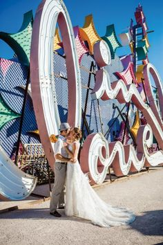 A #wedding in Las #Vegas   Photo by Laura Grier of Beautiful Day Photography