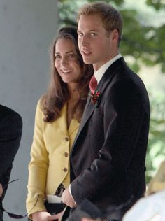 2008  In their first appearance together at a wedding in three years, Prince William and Kate Middleton flew to Salzburg to attend the nuptials of Chiara Hunt - the sister of a mutual friend of the couple's from St. Andrews university, in September 2008. William was smart in pinstripe trousers and tails, while Kate cut the mustard in a cute summer jacket and paisley-print skirt.