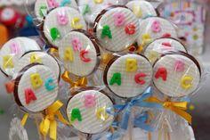 SÃO Abc Birthday Parties, Abc Party, Party Themes, Alphabet Birthday, Alphabet Party, Cake Decorating Tutorials, Cookie Decorating, Edible Bouquets, Graduation Cupcakes