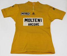 c12bc4250 118 Best Vintage Wool Cycling Jerseys images