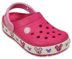 Kids love Mickey Mouse™, and kids love light-up shoes, so it was only a matter of time before those two things collided. Help them shine brighter with Crocs. Disney Toys, Disney Mickey Mouse, Minnie Mouse, Girls Clogs, Mouse Silhouette, Back To School Kids, Pink Minnie, Light Up Shoes, Crocs Classic
