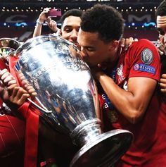 Trent Alexander-Arnold\ Liverpool FC Champions of europe Liverpool Vs Manchester United, Liverpool Anfield, Liverpool Players, Liverpool Football Club, Arnold Wallpaper, Liverpool Champions League, Liverpool Fc Wallpaper, England National Team, Soccer