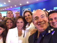 """A través de su cuenta de twitter, el panista consideró que el nombre de Delfina fue dado por el presidente de su partido, Andrés Manuel López Obrador, pues, señaló, la trata como un """"delfín""""."""