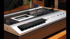 DUAL C 901 Autoreverse Cassette Deck. Pop-Up VU-Meters. Motor: Dual Turntable type. Build: 1973-1977 (Collectioned)