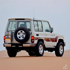 Land Cruiser Models, Land Cruiser 70 Series, Toyota Lc, Toyota Cars, Jeep Wallpaper, Nature Wallpaper, Carros Suv, Sell Used Car, Wagon R