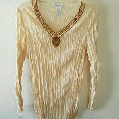 "⤵CLEARANCE SALE⤵ Worthington Tunic Top Beautiful Worthington cream tunic top. In good condition. No damages. Approx 27"" L. Unlined. Host Pick as well. Worthington Tops Tunics"
