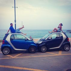 Love is in the air. Clara has found her other half. - Instagram picture by @clarillacool #smartcar #love #ocean #sea #romantic
