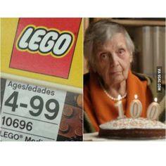 Awwww poor grandma  #lego #build #allages #4thru99 #comedy #funny #laugh #toys #fun #legomyhuevos