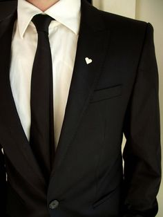 Groom's boutonniere, tie tack, groom's pin, gentleman brooch, men accessories, suit pin, minimalistic lapel pin, wedding heart boutonniere