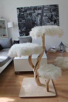 A cat tree with no carpet. People really do need to step up the cat tree game! Probably wouldn't put it in the middle of my living room, but would put it in my house! Cat Tower Plans, Diy Cat Tree, Cat Towers, Ideal Toys, Cat Playground, Cat Room, Cat Condo, Pet Furniture, Friends Furniture