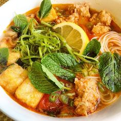Crab Noodle Soup Made some bun rieu (Vietnamese crab noodle soup) to enjoy for the next couple of days. Gosh, I love this stuff! ☺️Made some bun rieu (Vietnamese crab noodle soup) to enjoy for the next couple of days. Gosh, I love this stuff! Vietnamese Soup, Vietnamese Cuisine, Vietnamese Recipes, Asian Recipes, Ethnic Recipes, Vegetarian Vietnamese, Soup Recipes, Cooking Recipes, Viet Food
