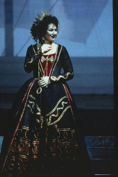 Carol Vaness, the ass-kickingest Elettra (Idomeneo)