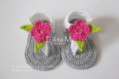 Crochet baby sandals, gladiator sandals, slippers, booties, shoes, gray, grey, white, flower, pink, green, gift, READY TO SHIP, 6-9 months by EditaMHANDMADE on Etsy https://www.etsy.com/listing/277275068/crochet-baby-sandals-gladiator-sandals