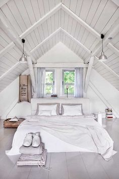 Check Out 39 Dreamy Attic Bedroom Design Ideas. An attic bedroom is usually associated with romance because it's great to get the necessary privacy. Attic Bedroom Designs, Bedroom Loft, Bedroom Decor, Bedroom Furniture, Wall Decor, Attic Design, Master Bedrooms, Design Bedroom, Small Attic Bedrooms