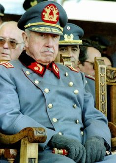 El Gran General Pinochet. Great Leaders, World History, Armed Forces, Catholic, Captain Hat, Portraits, Geek, Military, Board
