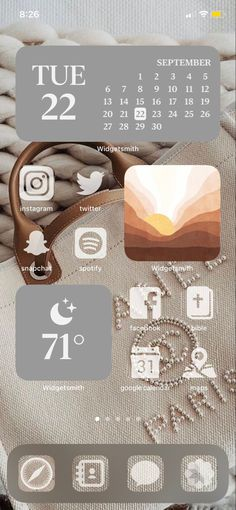 Iphone App Design, Iphone App Layout, Ios Design, Wallpaper Iphone Neon, Aesthetic Iphone Wallpaper, Iphone Home Screen Layout, Organize Phone Apps, Phone Themes, Iphone Icon