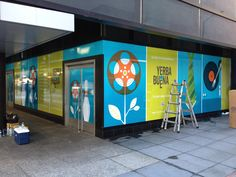 Complete window covering with high resolution digital graphics.