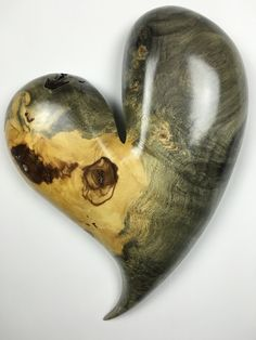 Wooden Heart gift wood carving by TreeWizWoodCarvings on Etsy Wooden Wall Art, Wood Wall, Wood Carving For Beginners, Heart Images, Wooden Hearts, Heart Art, Wire Wrapped Jewelry, Best Gifts, Things To Come