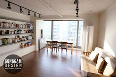 이미지 보기 : 네이버 카페 Condo Interior, Living Room Interior, Home Interior Design, Living Room Modern, Home Living Room, Living Room Decor, Small Apartment Organization, Muji Home, Living Place