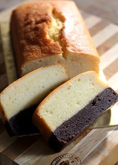 Brownie-Butter-Cake Recipe - RecipeChart.com #Chocolate #Christmas #Delicious #Dessert #Holidays #Indulge #SoGood #Yum