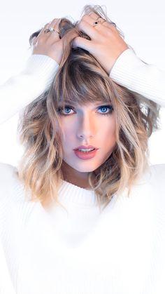 Taylor Swift Blue Eyes White Background 4K Ultra HD Mobile Wallpaper Taylor Swift Moda, Estilo Taylor Swift, Long Live Taylor Swift, Taylor Swift Videos, Taylor Swift Style, Taylor Swift Pictures, Taylor Alison Swift, Taylor Swift Eyes, Miss Americana