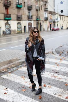 STRIPED PANTS FOR A CYBER MONDAY   My Daily Style en stylelovely.com